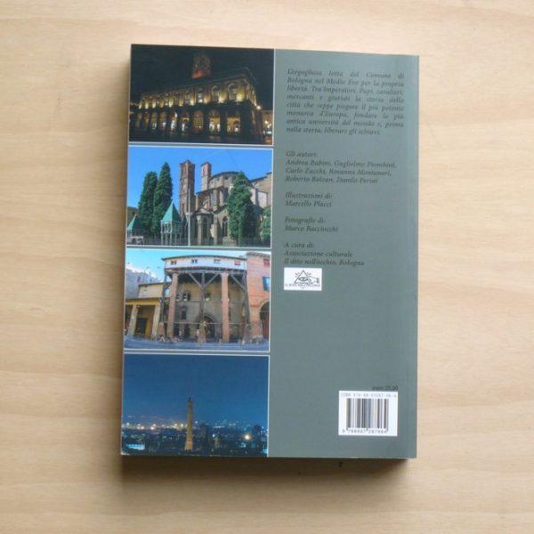 Libro Bologna e la libertà retro